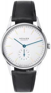 Zegarek Nomos Orion z białą tarczą i czarnym, skórzanym paskiem.