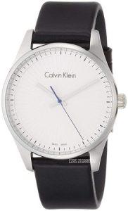 Zegarek Calvin Klein z białą tarczą i czarnym, skórzanym paskiem